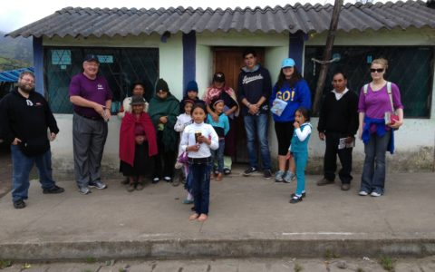 Ecuador-Mission-Trip-Street-Witnessing